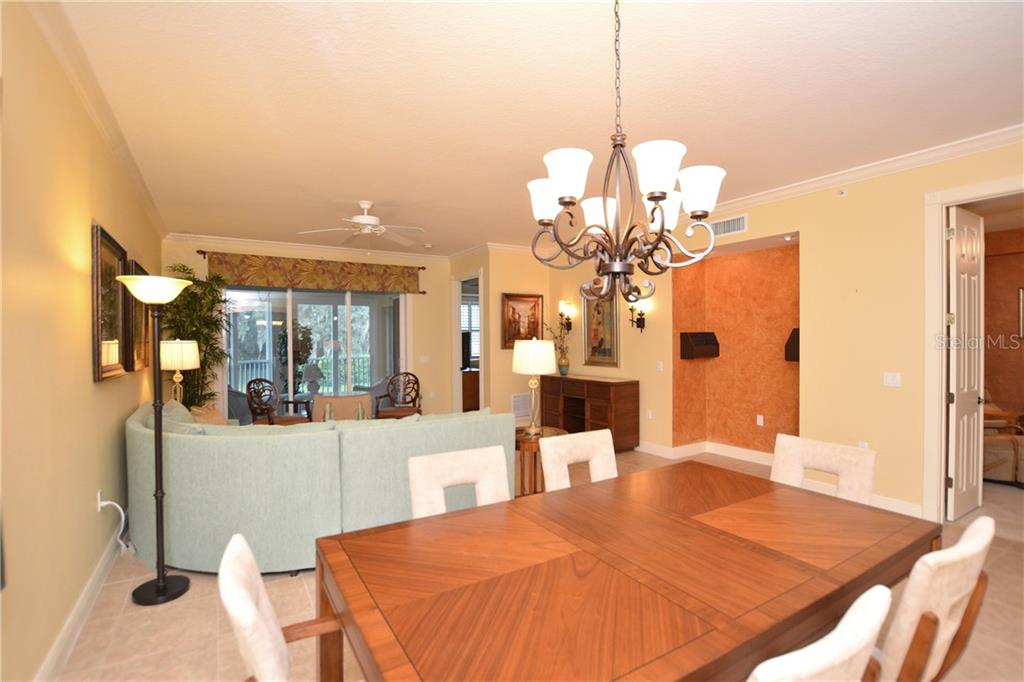 Condo for sale at 5304 Manorwood Dr #2b, Sarasota, FL 34235 - MLS Number is A4448585