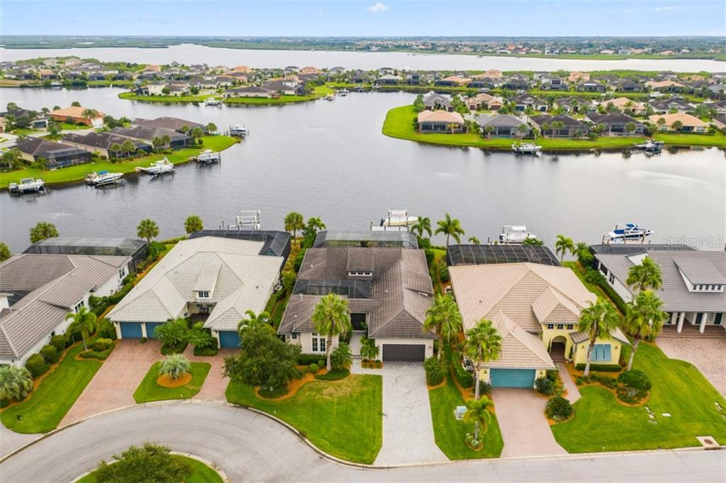 HOA Disclosure - Single Family Home for sale at 1103 Kestrel Ct, Bradenton, FL 34208 - MLS Number is A4448813