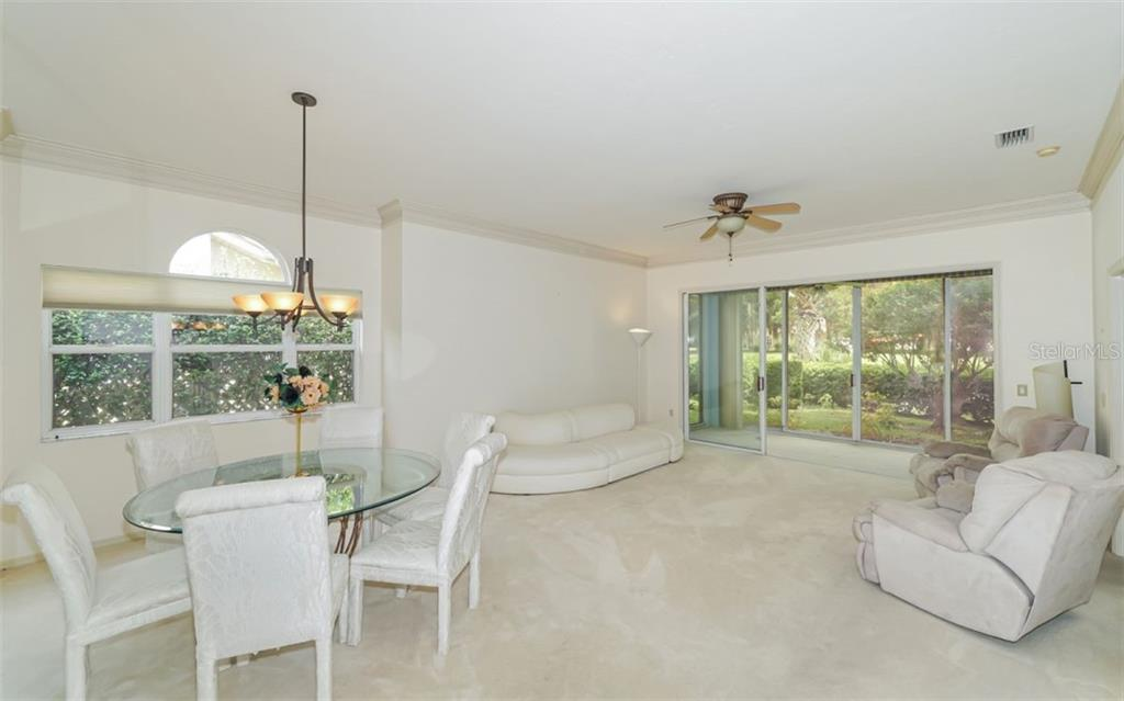 Open Great Room - Villa for sale at 3338 W Chelmsford Ct, Sarasota, FL 34235 - MLS Number is A4448872