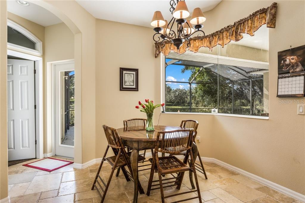 Single Family Home for sale at 6433 Indigo Bunting Pl, Lakewood Ranch, FL 34202 - MLS Number is A4449073