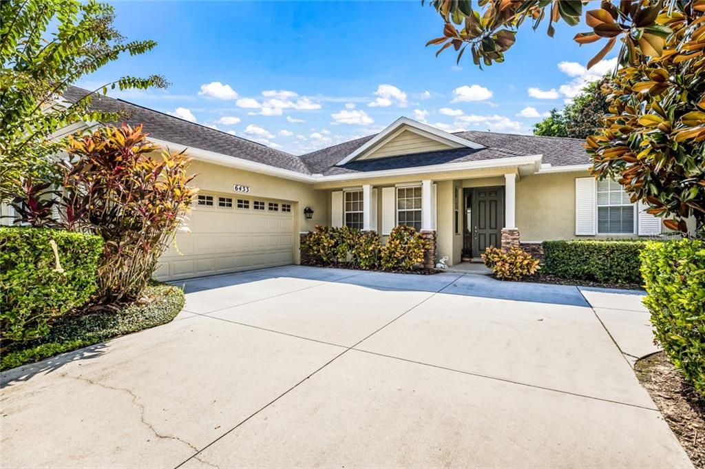 6433 Indigo Bunting CDD - Single Family Home for sale at 6433 Indigo Bunting Pl, Lakewood Ranch, FL 34202 - MLS Number is A4449073