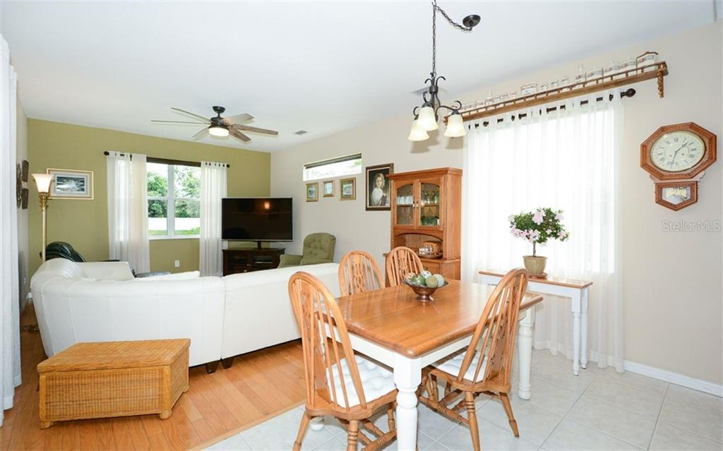 Single Family Home for sale at 12151 Maple Ridge Dr, Parrish, FL 34219 - MLS Number is A4449279