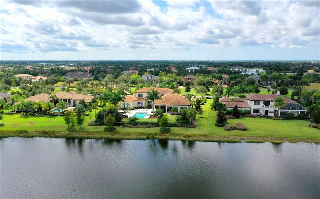 Single Family Home for sale at 16207 Clearlake Ave, Lakewood Ranch, FL 34202 - MLS Number is A4449730