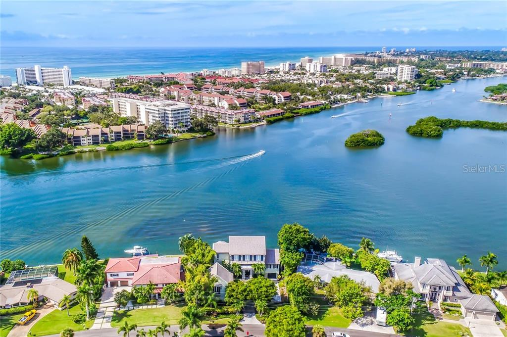 Gather your friends for a fun-filled day of boating. - Single Family Home for sale at 6438 Hollywood Blvd, Sarasota, FL 34231 - MLS Number is A4449895