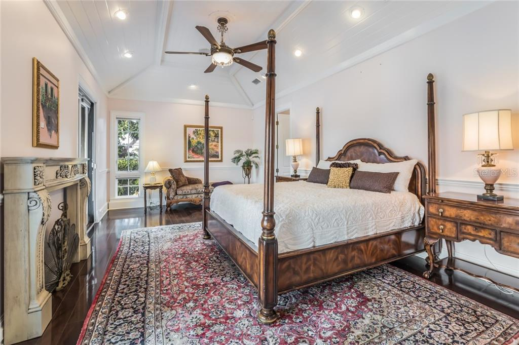 You'll feel like a king or queen in this spacious master suite with a private balcony overlooking the waterfront. - Single Family Home for sale at 6438 Hollywood Blvd, Sarasota, FL 34231 - MLS Number is A4449895
