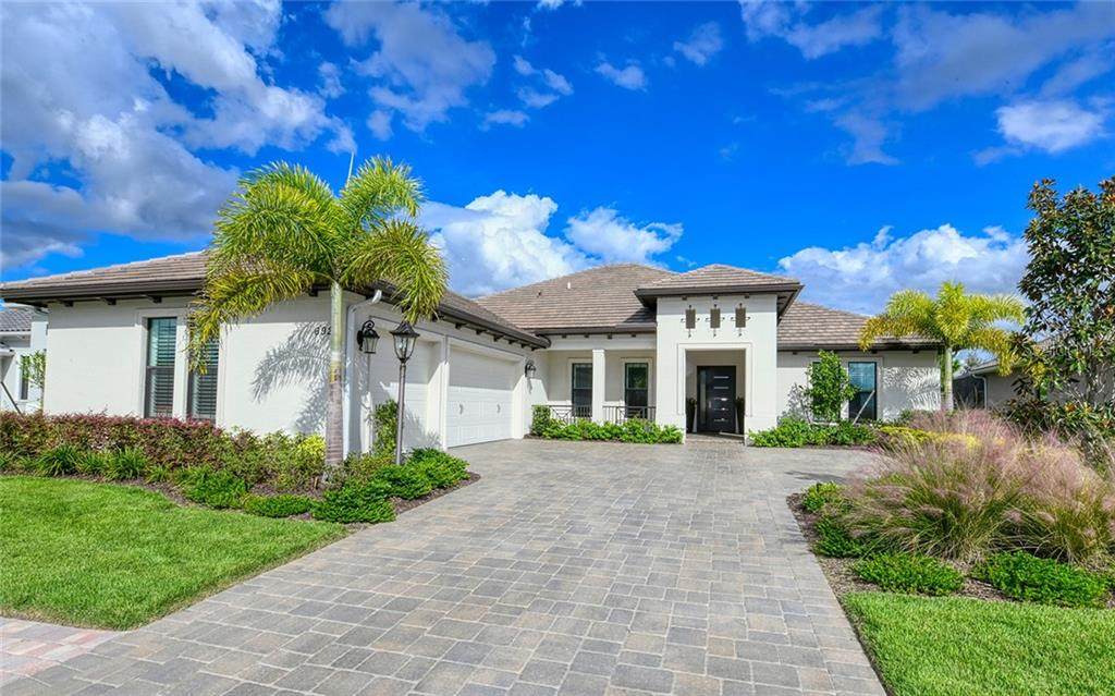 CDD Disclosure - Single Family Home for sale at 6923 Devon Cv, Lakewood Ranch, FL 34202 - MLS Number is A4450411