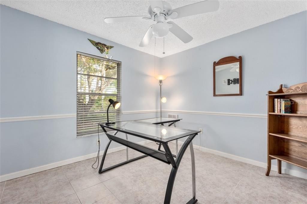 Bedroom 3 - Single Family Home for sale at 6524 Waterford Cir, Sarasota, FL 34238 - MLS Number is A4450568