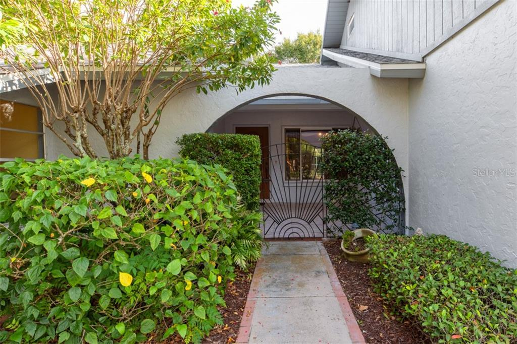 Entrance - Single Family Home for sale at 6524 Waterford Cir, Sarasota, FL 34238 - MLS Number is A4450568