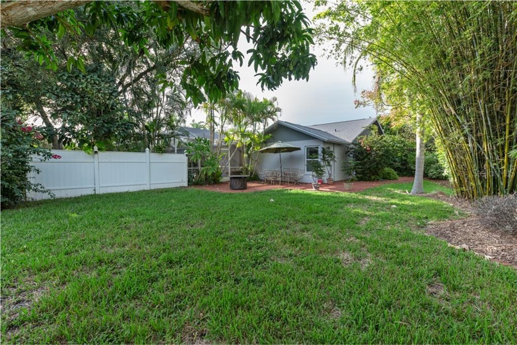 .31 Acre backyard - Single Family Home for sale at 6524 Waterford Cir, Sarasota, FL 34238 - MLS Number is A4450568