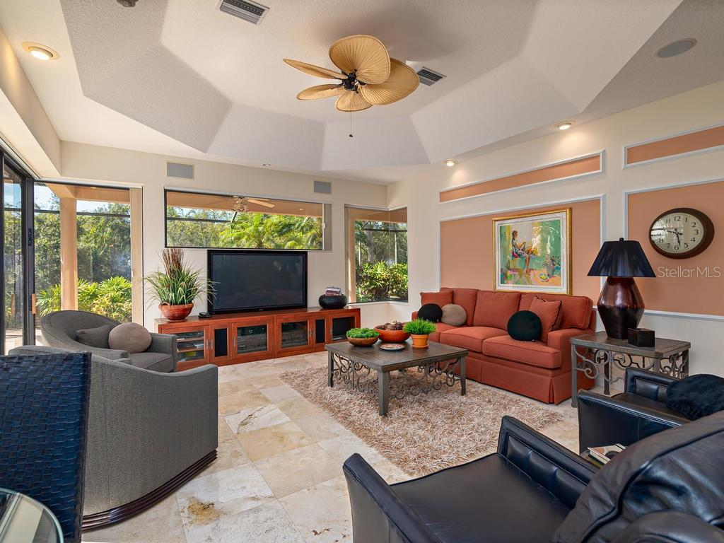 Family Room - Single Family Home for sale at 6826 Turnberry Isle Ct, Lakewood Ranch, FL 34202 - MLS Number is A4450601