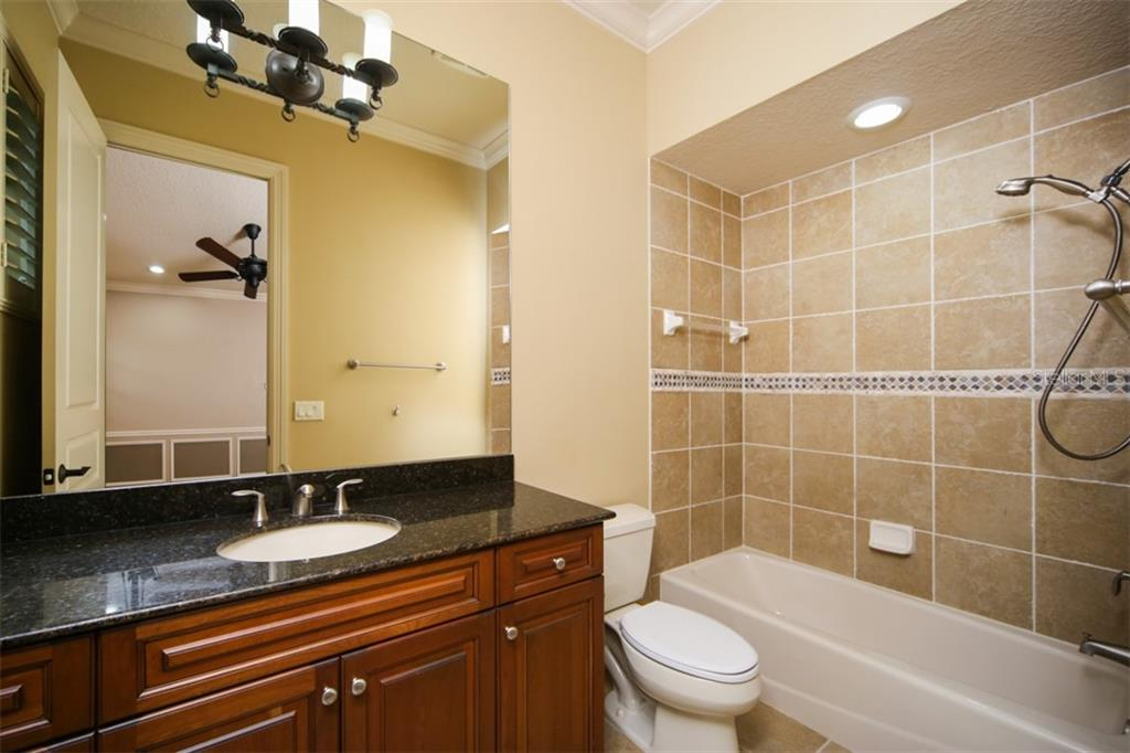 Private bathroom for 2nd bedroom - Single Family Home for sale at 15212 Linn Park Ter, Lakewood Ranch, FL 34202 - MLS Number is A4450793