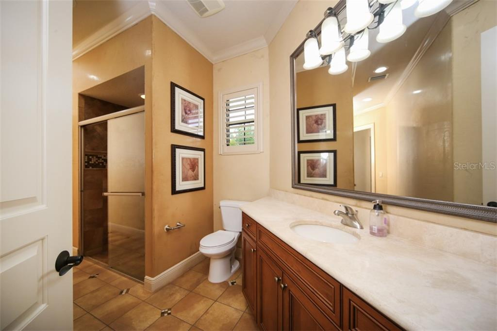 Private bath for 3rd bedroom - Single Family Home for sale at 15212 Linn Park Ter, Lakewood Ranch, FL 34202 - MLS Number is A4450793