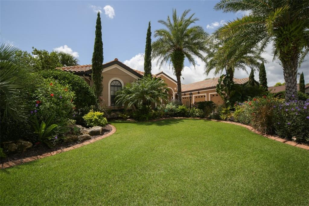 Lush tropical mature landscaping - Single Family Home for sale at 15212 Linn Park Ter, Lakewood Ranch, FL 34202 - MLS Number is A4450793