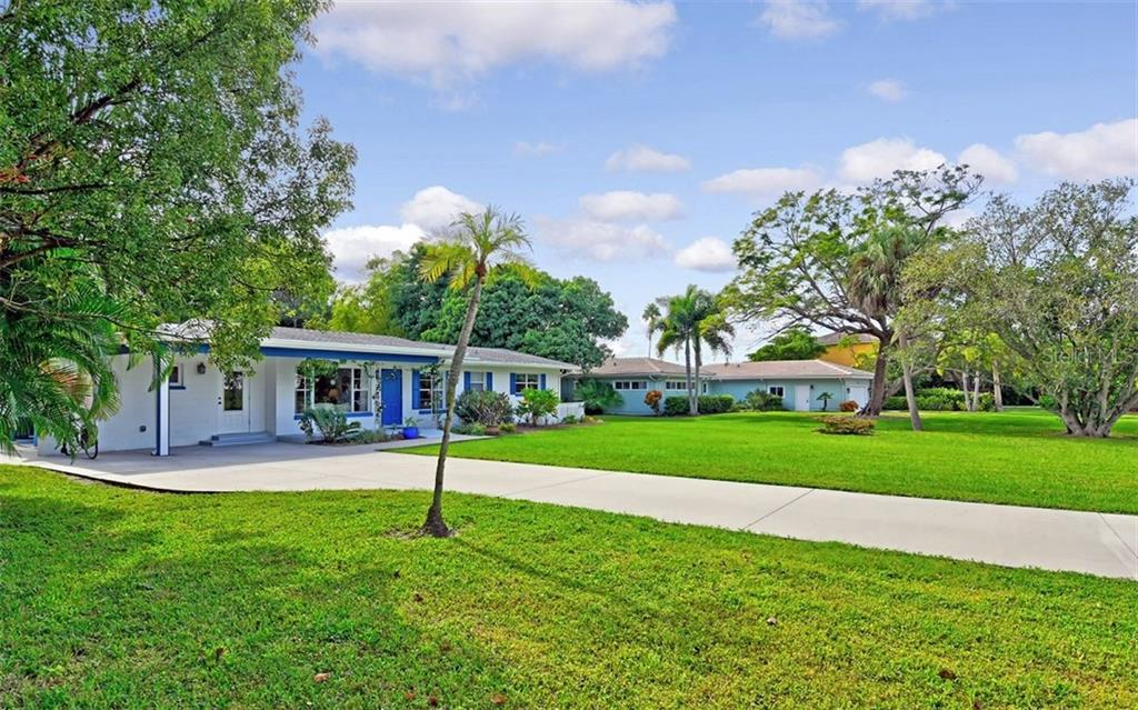 LBP Disclosure - Single Family Home for sale at 426 S Shore Dr, Sarasota, FL 34234 - MLS Number is A4450972