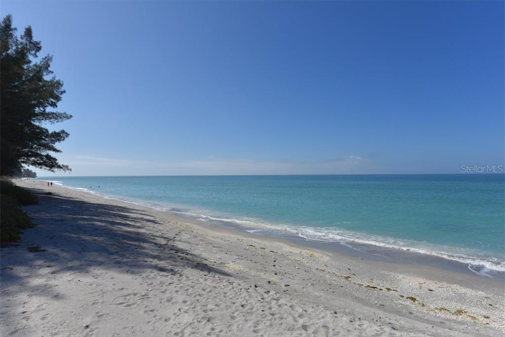White sandy beaches to the north and south. - Single Family Home for sale at 1027 N Casey Key Rd, Osprey, FL 34229 - MLS Number is A4451976