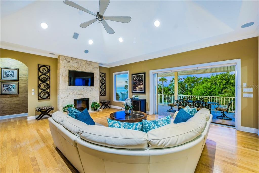 Single Family Home for sale at 137 Big Pass Ln, Sarasota, FL 34242 - MLS Number is A4454741
