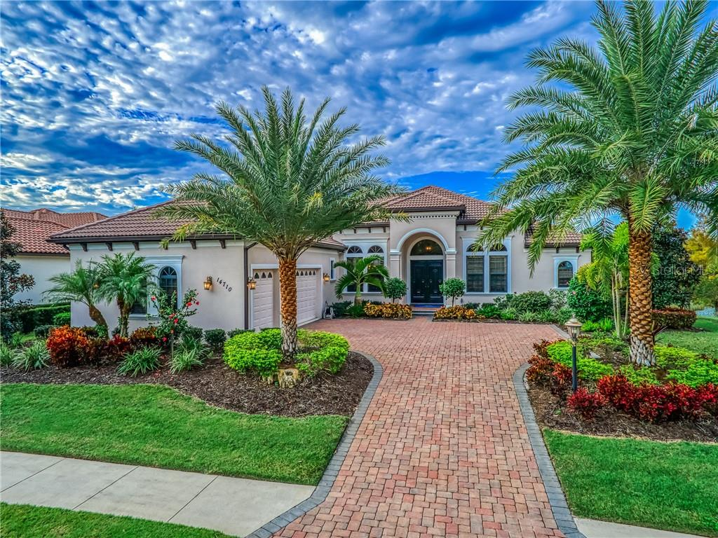 Single Family Home for sale at 14710 Camargo Pl, Lakewood Ranch, FL 34202 - MLS Number is A4455461