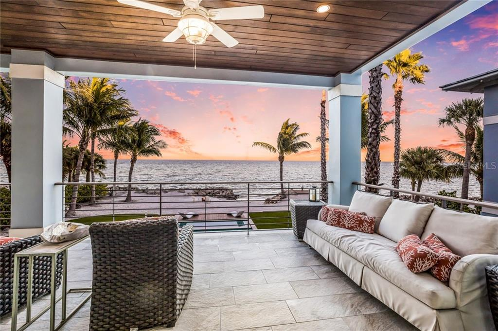 Enjoy a good book while feeling the gulf water breeze - Single Family Home for sale at 834 S Bay Blvd, Anna Maria, FL 34216 - MLS Number is A4455941