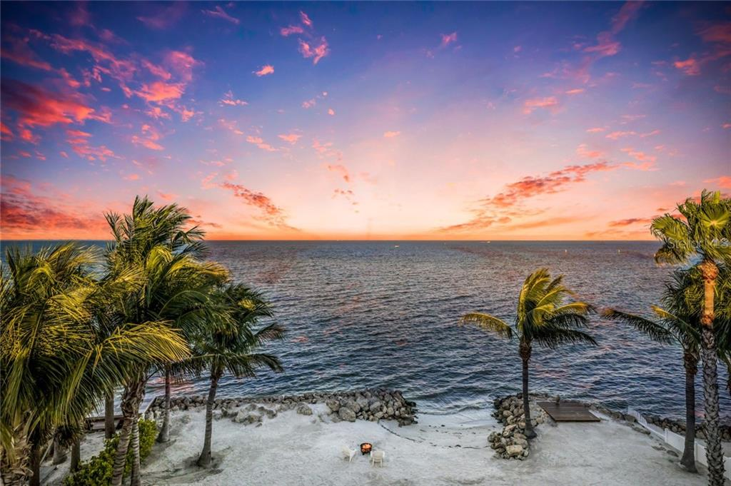 Private beach - Single Family Home for sale at 834 S Bay Blvd, Anna Maria, FL 34216 - MLS Number is A4455941