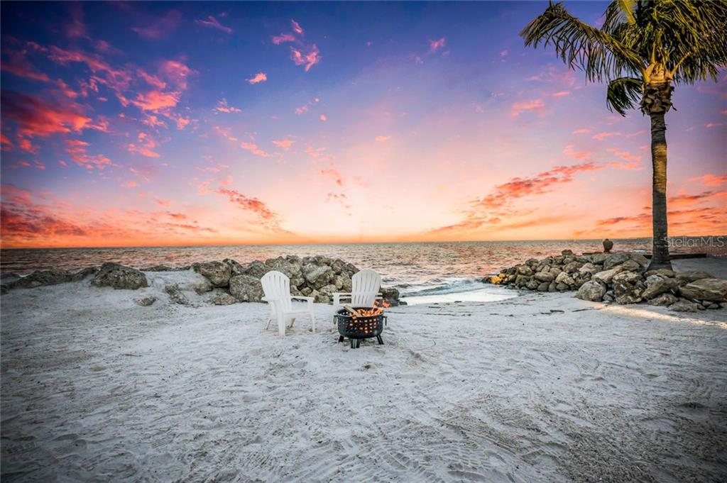 Your own private beach! - Single Family Home for sale at 834 S Bay Blvd, Anna Maria, FL 34216 - MLS Number is A4455941