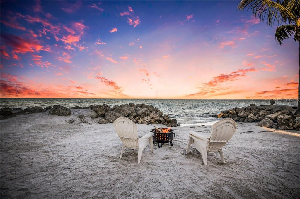 Perfect spot for fire pit and taking in the sunset - Single Family Home for sale at 834 S Bay Blvd, Anna Maria, FL 34216 - MLS Number is A4455941