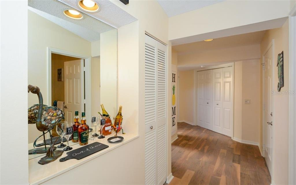 Condo for sale at 7130 Lakeside Dr #7130, Sarasota, FL 34243 - MLS Number is A4456055
