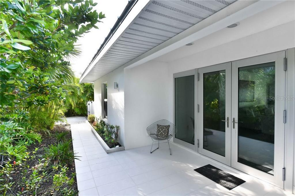 Single Family Home for sale at 8040 Manasota Key Rd, Englewood, FL 34223 - MLS Number is A4456302