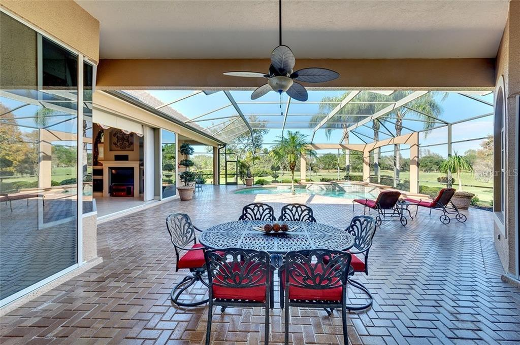 HOA Disclosure - Single Family Home for sale at 7003 Portmarnock Pl, Lakewood Ranch, FL 34202 - MLS Number is A4456343