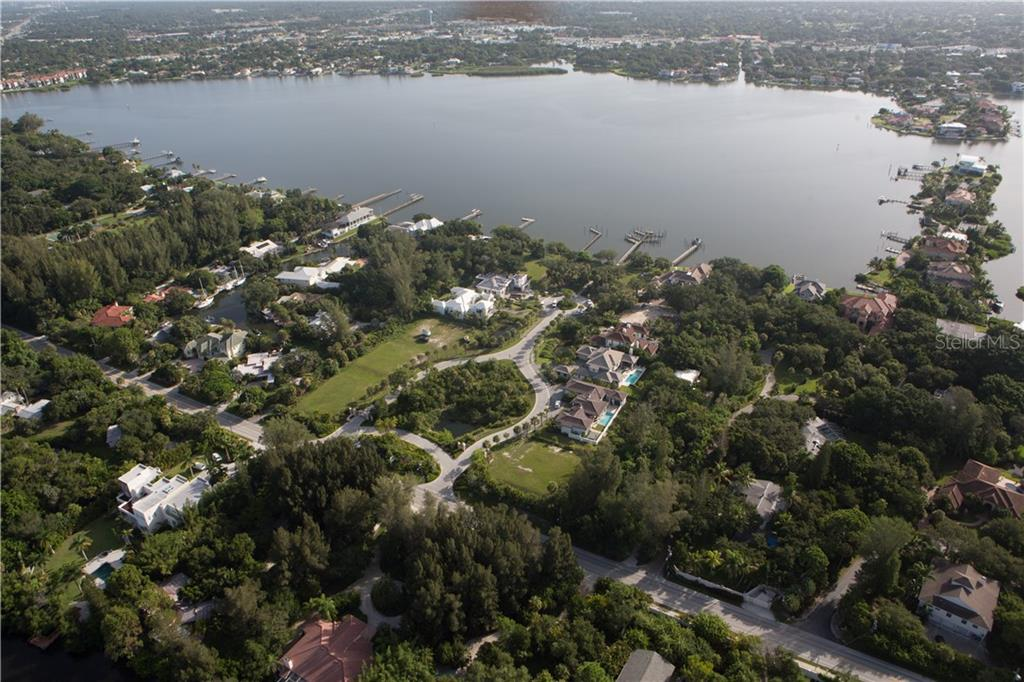 Single Family Home for sale at 1202 Sharswood Ln, Sarasota, FL 34242 - MLS Number is A4456482