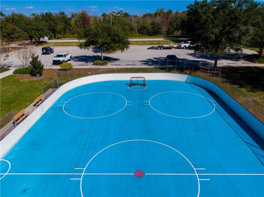 Roller hockey rink. - Single Family Home for sale at 15327 Blue Fish Cir, Lakewood Ranch, FL 34202 - MLS Number is A4456840