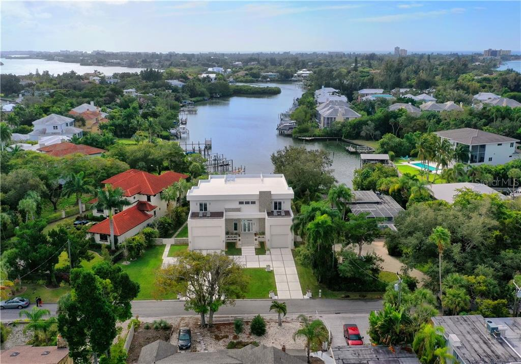 Single Family Home for sale at 3936 Roberts Point Rd, Sarasota, FL 34242 - MLS Number is A4456892