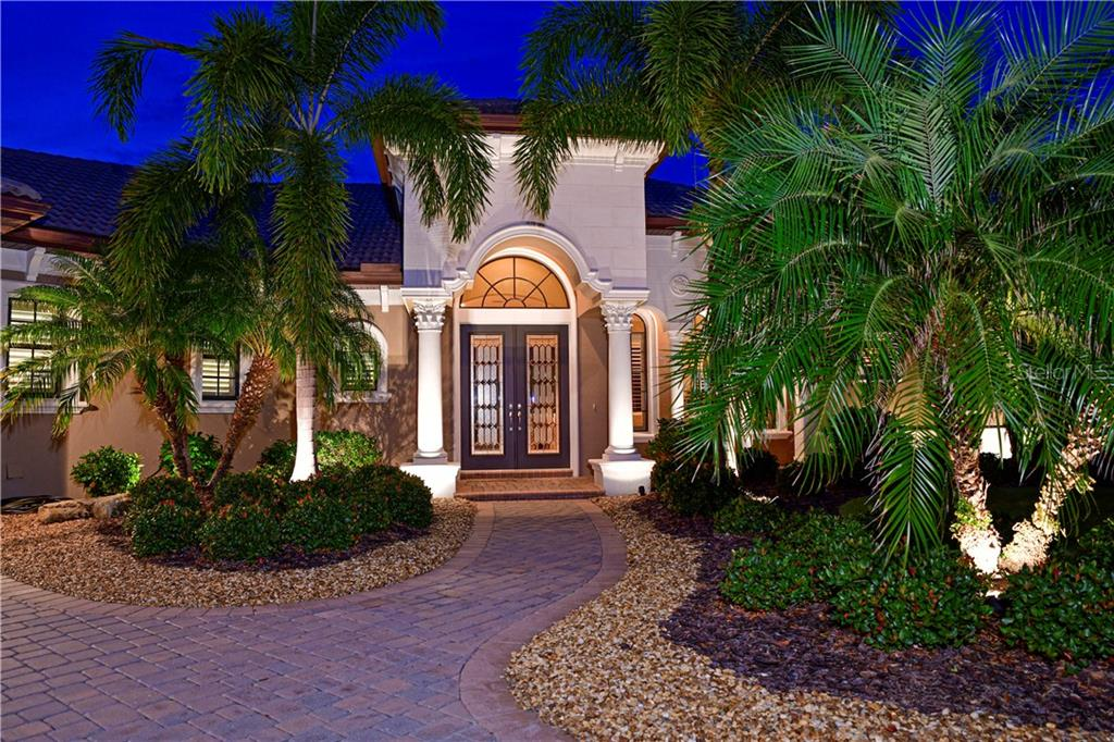 Stunning Front Entrance with Double Glass Doors - Single Family Home for sale at 11806 Rive Isle Run, Parrish, FL 34219 - MLS Number is A4457432
