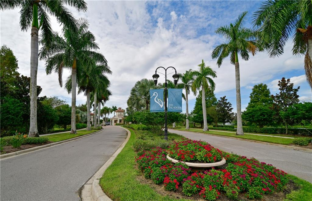 Entrance - Single Family Home for sale at 11806 Rive Isle Run, Parrish, FL 34219 - MLS Number is A4457432