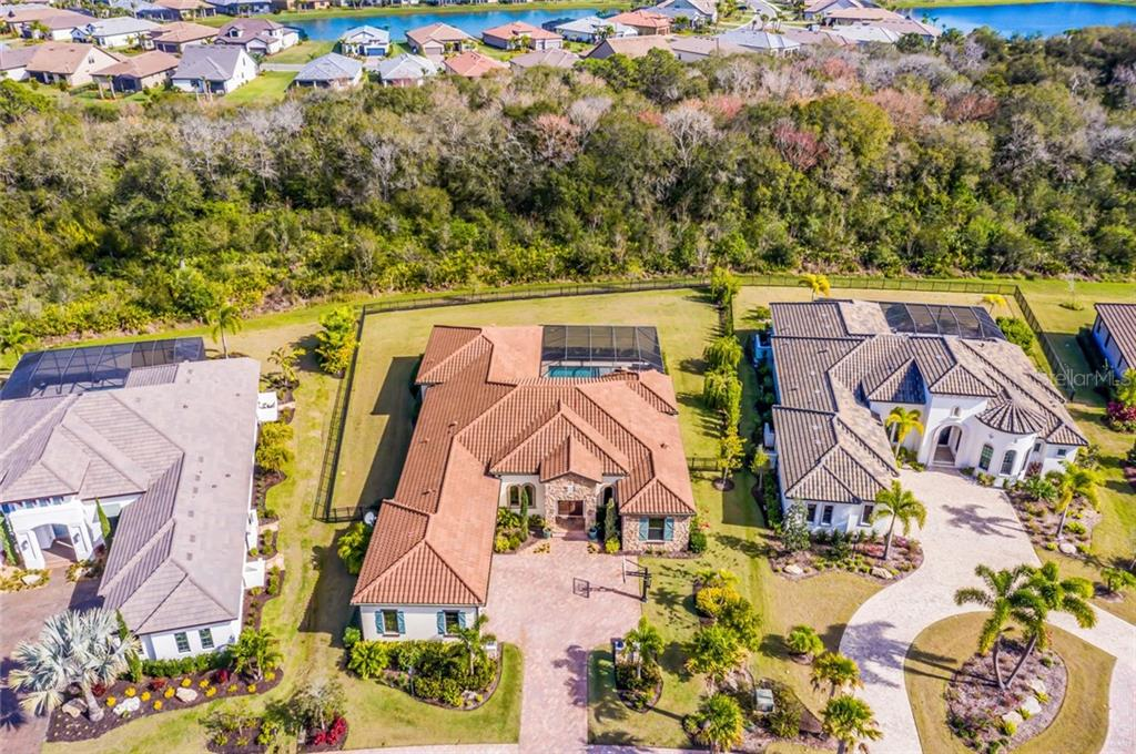 Single Family Home for sale at 7437 Seacroft Cv, Lakewood Ranch, FL 34202 - MLS Number is A4457595