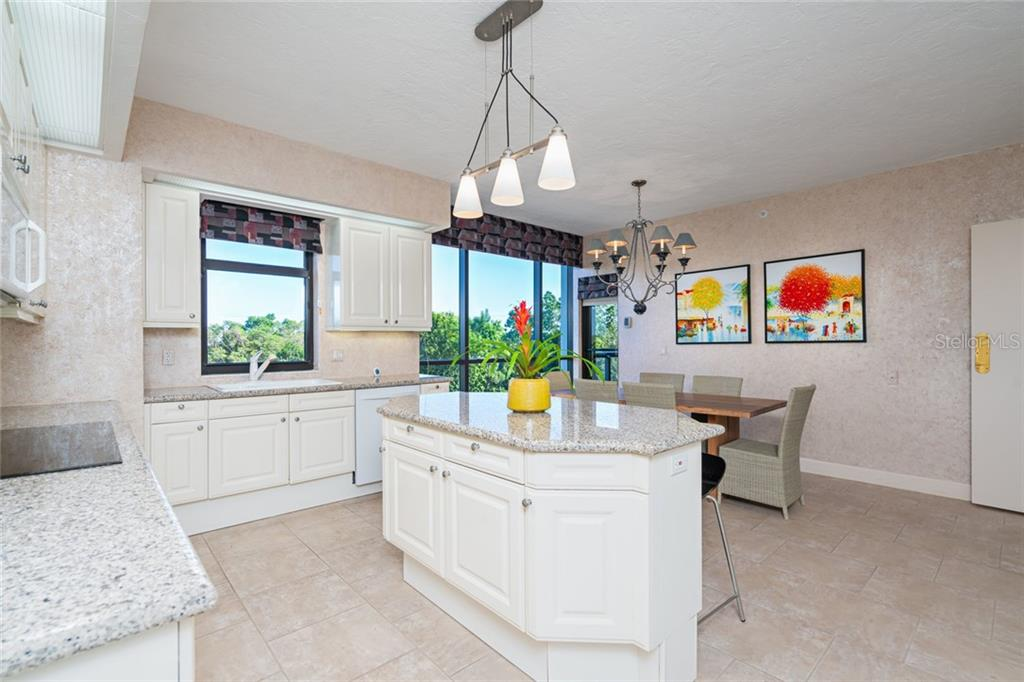 Condo for sale at 1241 Gulf Of Mexico Dr #308, Longboat Key, FL 34228 - MLS Number is A4457777