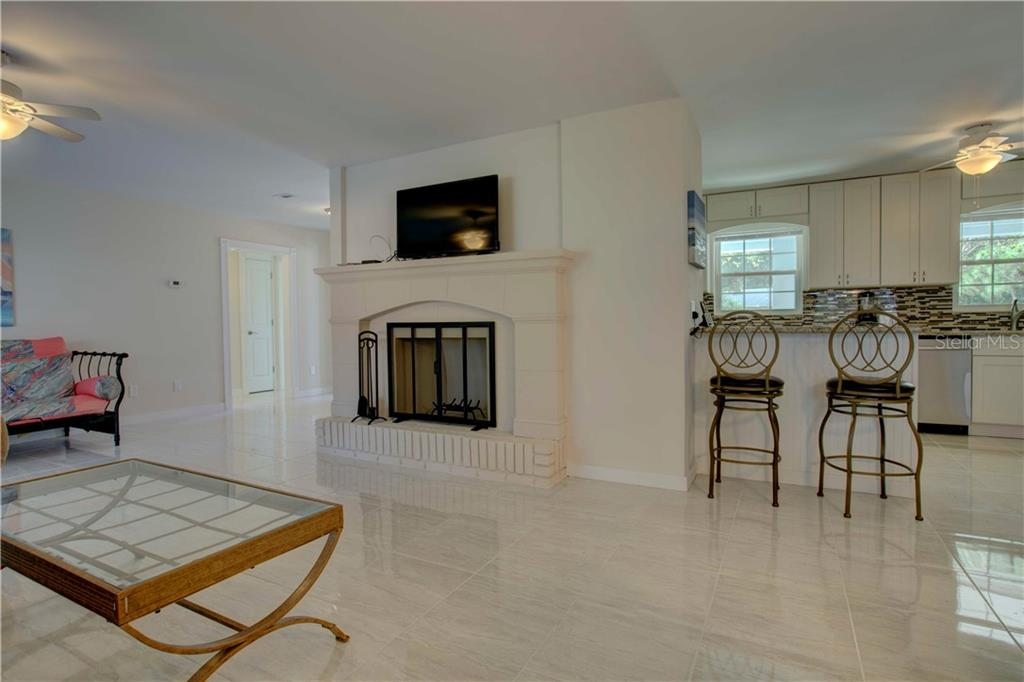 Single Family Home for sale at 6349 Beechwood Ave, Sarasota, FL 34231 - MLS Number is A4457839