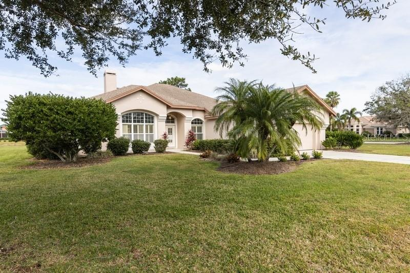 Sellers Property Disclosure - Single Family Home for sale at 10160 Cherry Hills Avenue Cir, Bradenton, FL 34202 - MLS Number is A4457974