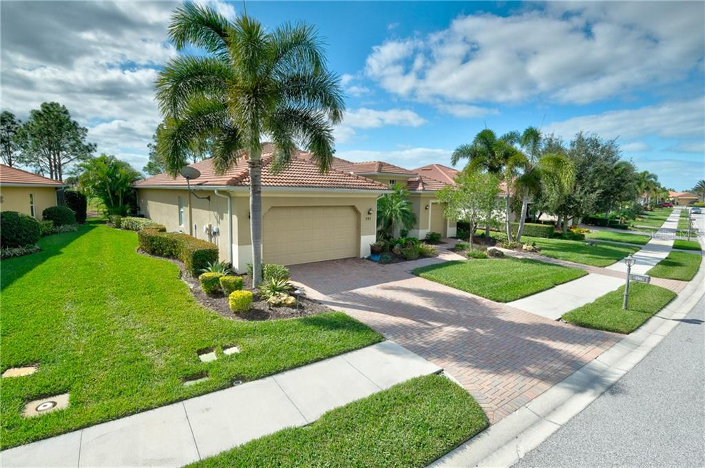 Single Family Home for sale at 293 Martellago Dr, North Venice, FL 34275 - MLS Number is A4458516