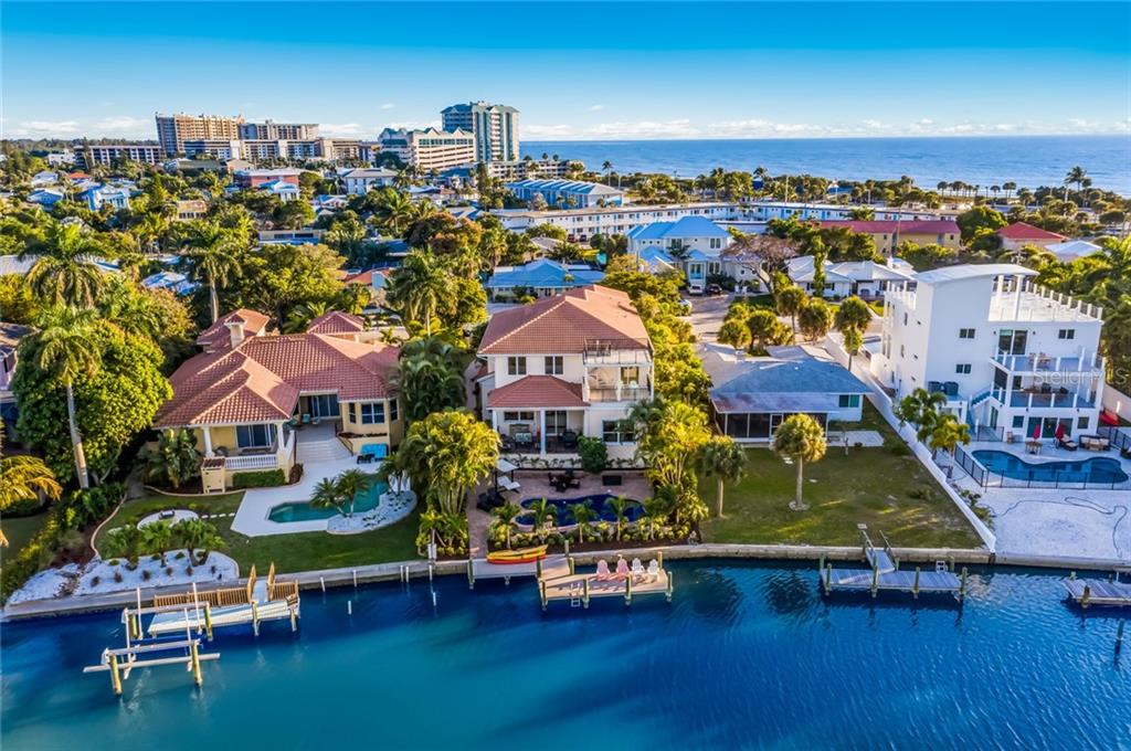 Boat Dock and close to the beach. - Single Family Home for sale at 443 S Polk Dr, Sarasota, FL 34236 - MLS Number is A4459240