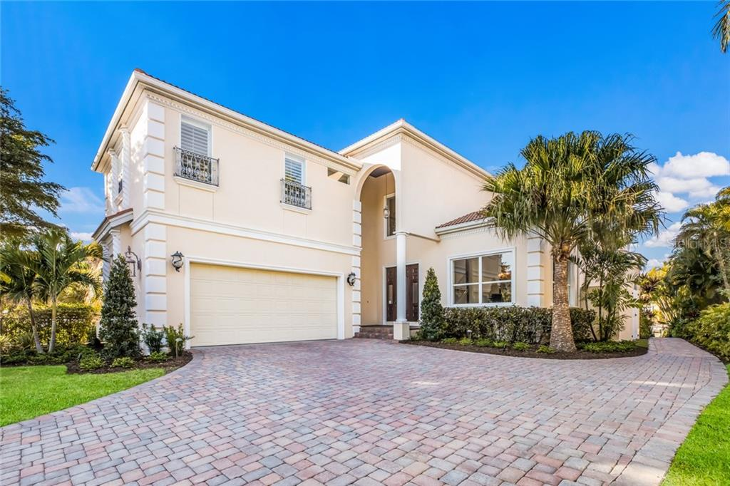 Single Family Home for sale at 443 S Polk Dr, Sarasota, FL 34236 - MLS Number is A4459240