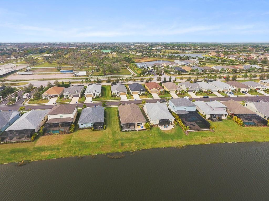 Single Family Home for sale at 6951 White Willow Ct, Sarasota, FL 34243 - MLS Number is A4459506