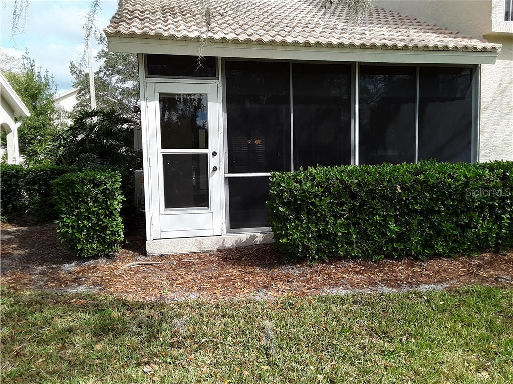 Back View - Condo for sale at 6866 Fairview Ter #11, Bradenton, FL 34203 - MLS Number is A4460434