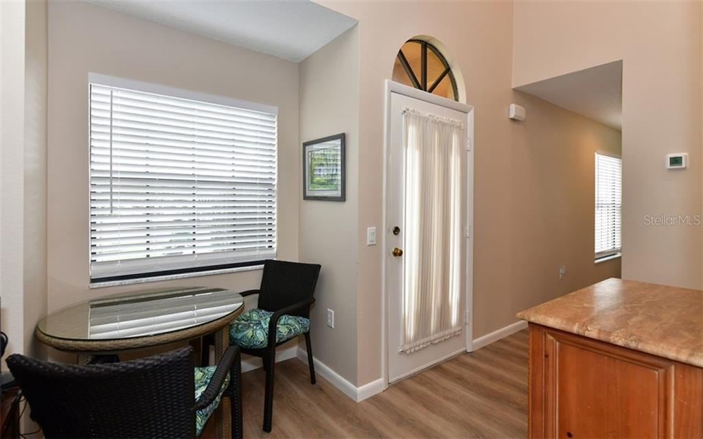 Entry with dining nook - Condo for sale at 4613 Morningside #30, Sarasota, FL 34235 - MLS Number is A4460777