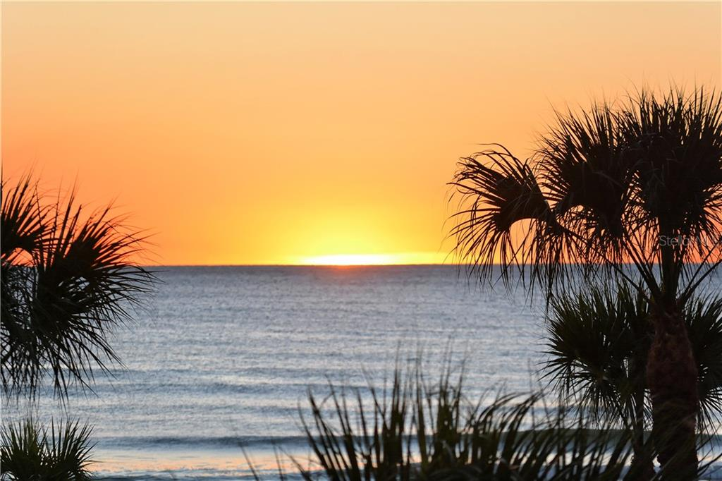 Epic Sunsets - Single Family Home for sale at 6301 Gulf Of Mexico Dr, Longboat Key, FL 34228 - MLS Number is A4460816