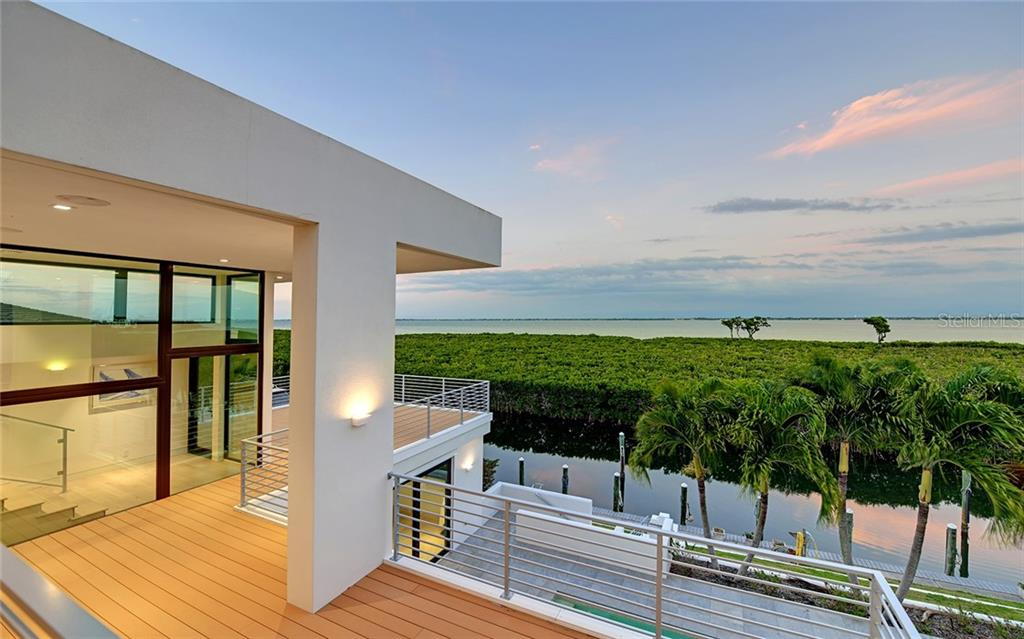 Single Family Home for sale at 1580 Harbor Cay Ln, Longboat Key, FL 34228 - MLS Number is A4460976