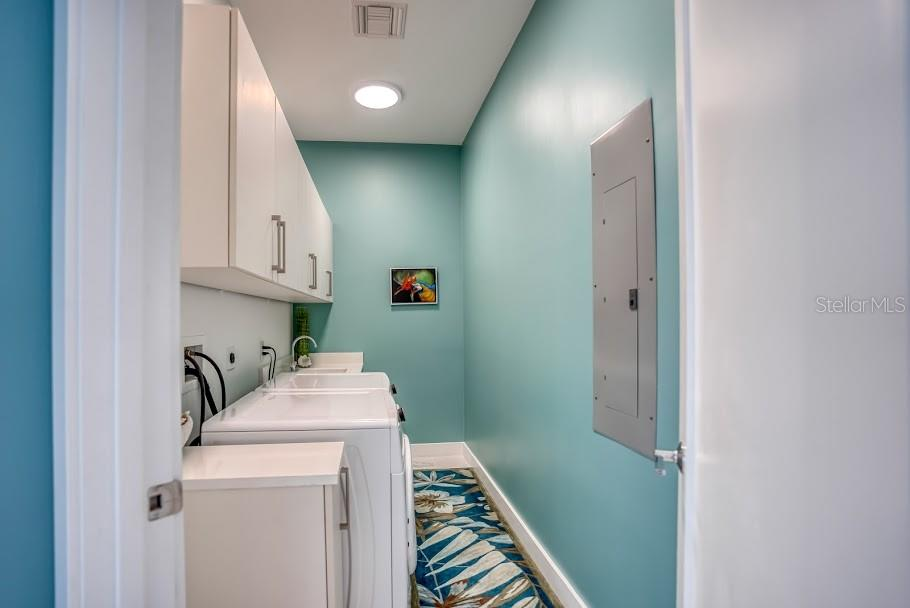 Laundry Room - Condo for sale at 1155 N Gulfstream Ave #1909, Sarasota, FL 34236 - MLS Number is A4461040