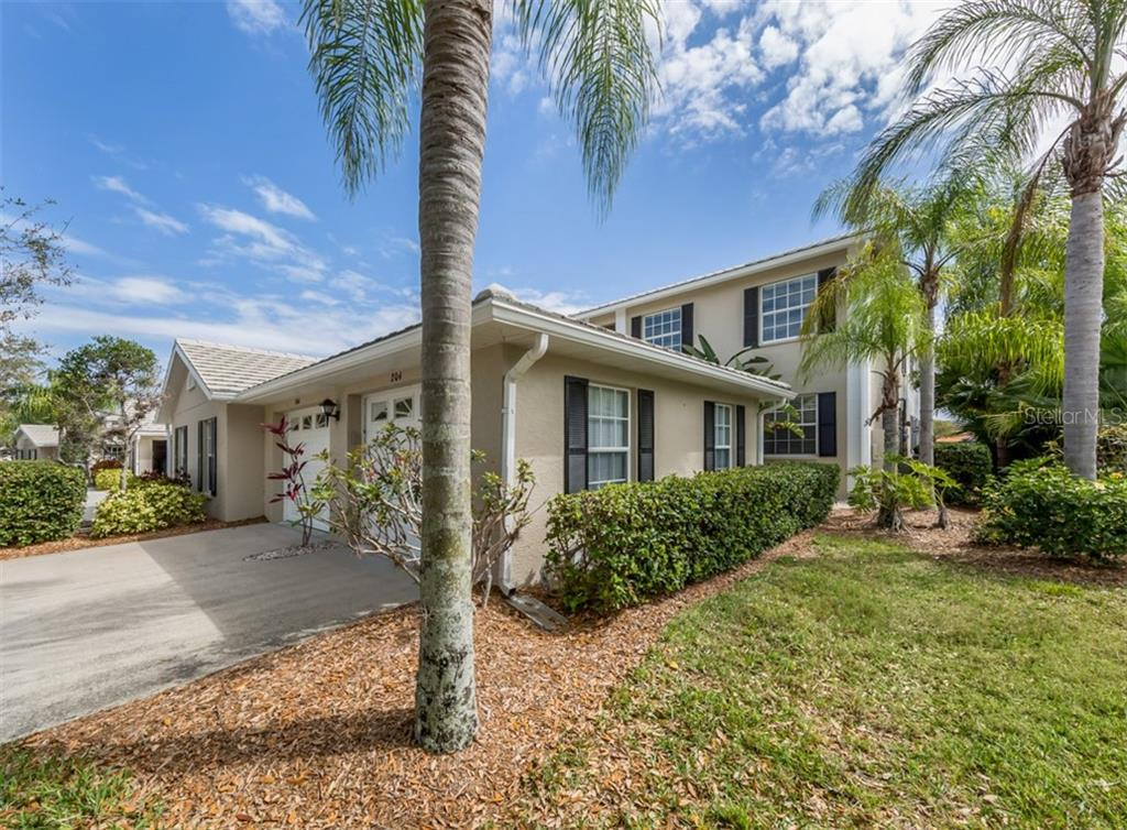 Exterior - Condo for sale at 119 Woodbridge Dr #204, Venice, FL 34293 - MLS Number is A4461406