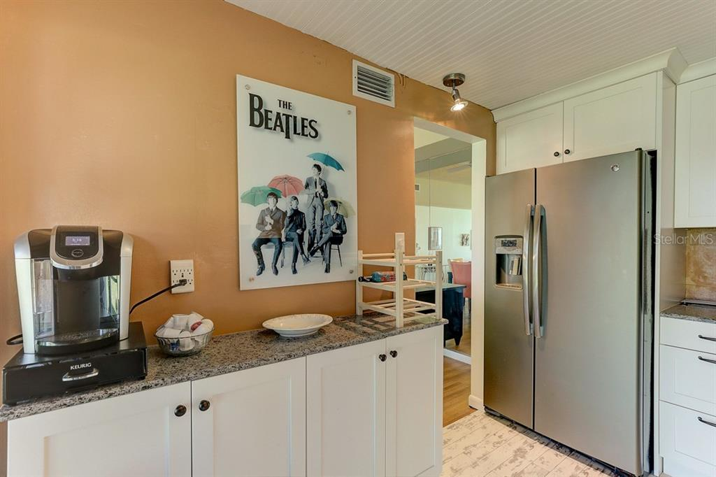 Kitchen - Condo for sale at 2319 Lakeside Mews #B3, Sarasota, FL 34235 - MLS Number is A4462396