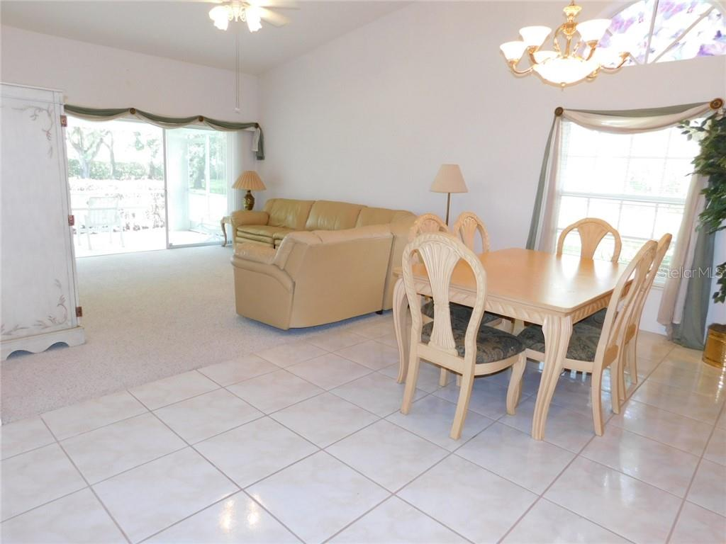 Single Family Home for sale at 7153 Melrose Pl, Bradenton, FL 34203 - MLS Number is A4464597