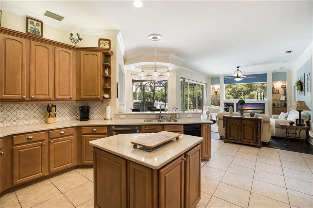 Single Family Home for sale at 329 Snapdragon Loop, Bradenton, FL 34212 - MLS Number is A4464746
